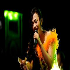 Siska Valentina - Payung Hitam (New Pallapa)