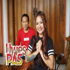FDJ Emily Young - Uwes Pas (feat. Firly Hermansyah)