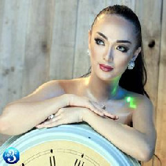 Download Zaskia Gotik - Tarik Selimut.mp3   Laguku